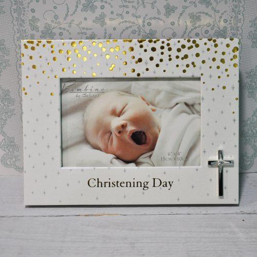 Рамка за снимка с кръстче и златист надпис christening day
