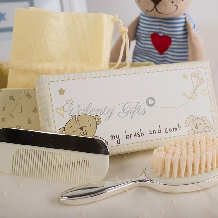 посребрени четка и гребен за бебе в красива кутийка