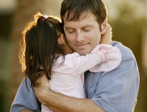 Каква роля има бащата в живота на дъщеря си?