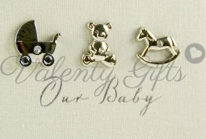 Надпис на албум Our baby и три сребърни иконки с камъчета