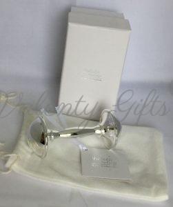 Сребърна дрънкалка с кутийка