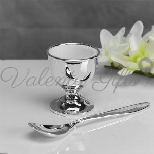 Чашка за яйце и лъжичка посребрени