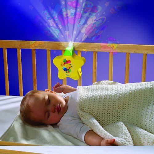 Жълта звездичка- нощна музикална лампа Tomy