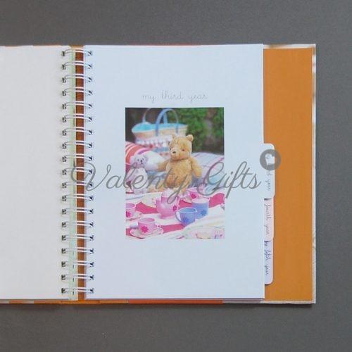 Вътрешна страница на бебешки дневник от 0 до 5 години