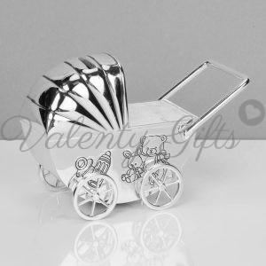 посребрена-касичка-подарък-за-бебе